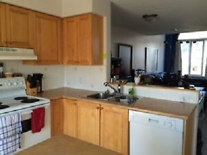 ROOM FOR RENT - All Inclusive - Free Parking - Best Location