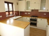 THREE BED house in sought after Cul-de-sac