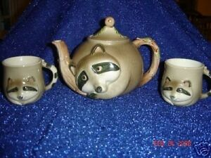 Fitz-and-floyd-1980- raccoon teapot with cups very rare