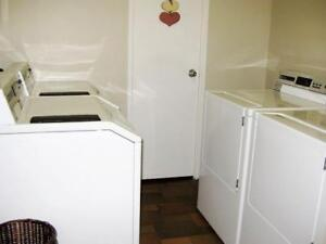 Avon Place Apartments- Available DEC 1 Stratford Kitchener Area image 3