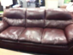 *** USED *** ASHLEY TASSLER MAHOGANY SOFA/LOVE   S/N:51245705   #STORE595