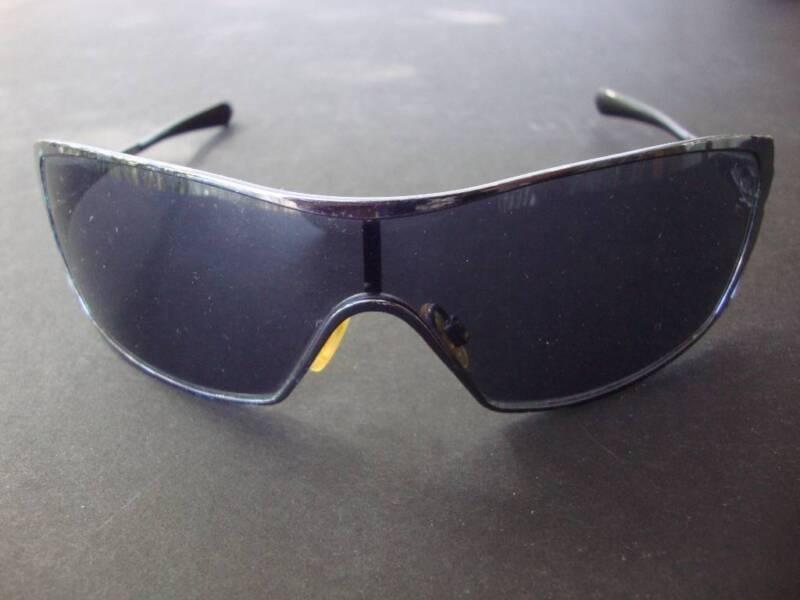 96c32427e8b44 ... free local classifieds bd033 7868e  usa oakley dart sunglasses sku05  664 black chrome47warm grey accessories gumtree australia brisbane north  east ...