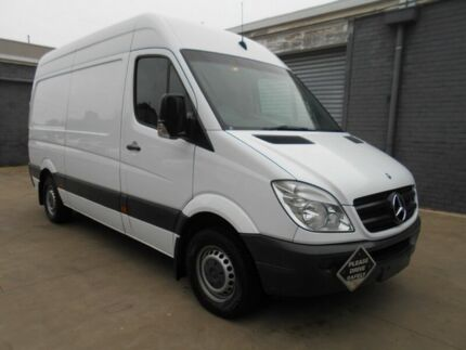2013 Mercedes-Benz Sprinter 313 CDI White Automatic Van