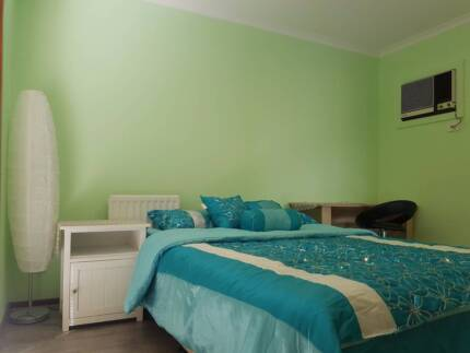 One stunning fully furnished bedroom for rent (Inc bills & WIFI)