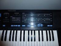 Technics A5 Synthesiser Electronic Keyboard with stand