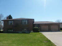 Brick Bungalow For Sale in Kincardine