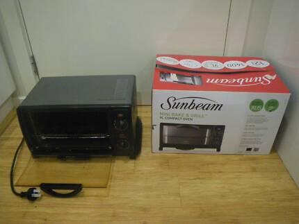 SUNBEAM BT2600 MINI BAKE & GRILL COMPACT BENCHTOP OVEN COOKER