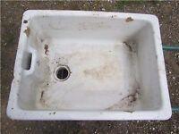 3 Belfast sinks for the garden