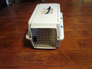 PETMATE CARRIER