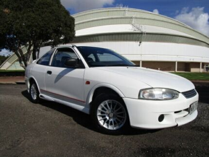 2002 Mitsubishi Lancer CE GLi Scotia White 4 Speed Automatic Coupe