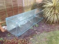 Giant 8ft fish tank suitable for restaurant or large home