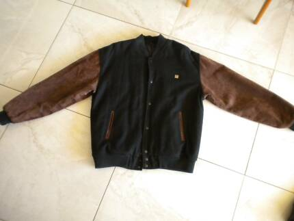 CASUAL WARM  BOMBER JACKET- BLACK - TAN LEATHER SLEEVES - AS NEW