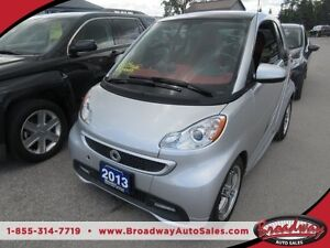 2013 Smart fortwo GAS MISER 'GREAT VALUE' 2 PASSENGER DOHC ENGIN