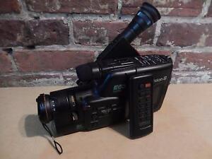 RARE ! Caméra Vidéo Vintage CANON (1991) / Model E63A (i017155)