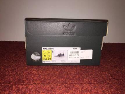 Adidas NMD_R2 PK Navy Primeknit US Size 7