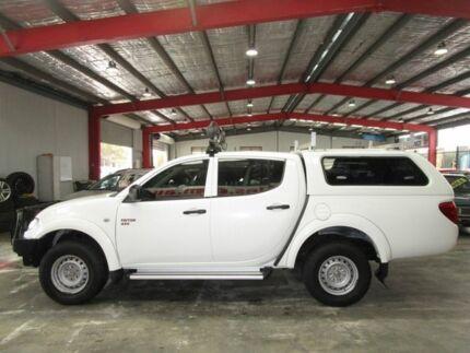 2011 Mitsubishi Triton MN MY11 GLX Double Cab White 4 Speed Automatic Utility