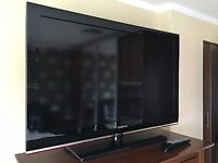 "Samsung 40"" Lcd Full Hd 1080p Slimline Tv Built In Freeview Remote & Stand Excellent Condition"
