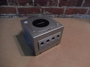Nintendo GameCube Grise + Manette (i017025)