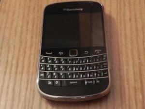Blackberry Bold 9900 Black Like New Unlocked CALL   647-875-7109