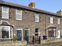 Kennie Cottage Seahouses, self catering holiday let sleeps 4 in centre of Seahouses.