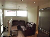 SE15 OLD KENT ROAD - SPLIT LEVEL FOUR BED TWO BATH READY TO MOVE MID JULY ONLY £525 PW