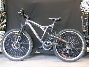 Vélo de montagne CCM 19'' (i013790)