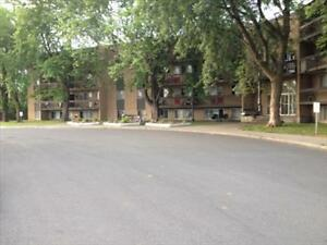 1421 and 1451 Brookdale Avenue, 1BR Cornwall Ontario image 5