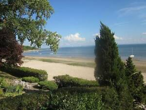 Water Front Cottage (Crescent Beach, Fort Erie, Ontario)