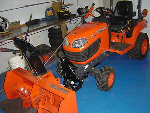 Kubota BX 1870 sub compact like brand new 50 hours, snowblower