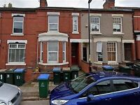 **NEWLY DECORATED LARGE 4 BED HOUSE IN EARLSDON CV5, AVAILABLE 5TH OF AUGUST**