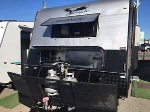 Golden Eagle Hunter full off road Caravan Belmont North Lake Macquarie Area Preview