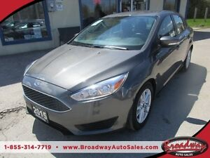 2015 Ford Focus LOADED SE EDITION 5 PASSENGER 2.0L - ECO-BOOST..