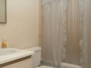 Great 2 bedroom apartment for rent Minutes to Downtown! Peterborough Peterborough Area image 5