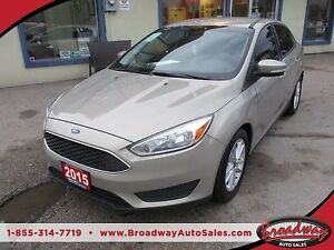 2015 Ford Focus FUEL EFFICIENT SE MODEL 5 PASSENGER 2.0L - DOHC.