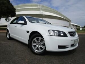 2009 Holden Commodore VE MY09.5 Omega Heron White 4 Speed Automatic Sedan Gepps Cross Port Adelaide Area Preview