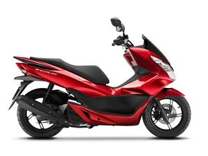 2015 Honda PCX150  scooter,  shop and compare, only $2700 !!!