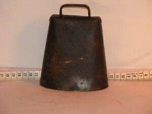 Vintage Iron Cow Bell with hand carved wooden chain Peterborough Peterborough Area image 2