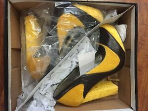 Various beautiful shoes for sale, mainly brand new