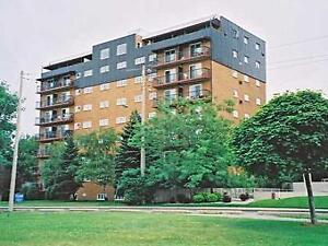 East Windsor near Tecumseh Mall: 2 Bedroom Apartment for Rent