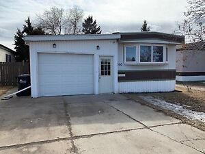 Open House Sun Apr. 28 (12-2) Mobile Home with attached garage
