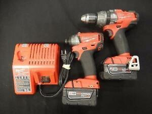 Ensemble Drill + Clé a Chocs + 2 Batteries + Chargeur MILWAUKEE / Model HAMMER DRILL & IMPACT DRIVER (i019030)