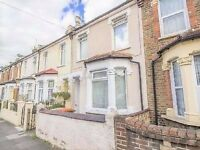 ILFORD, E12, BEAUTIFUL 3 BEDROOM VICTORIAN MID TERRACE HOUSE