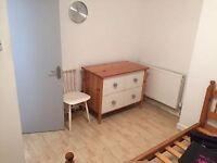 One Bedroom flat near Roman Road Market E3 5ES | part DSS welcome | Reserved