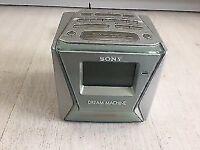 Sony Dream Machine ICF-C153L