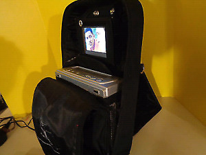 MOBILE PORTABLE ENTERTAINMENT SYSTEM TV/VHS COMBO! LIKE NEW