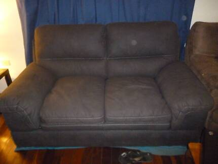 as new used a few times very comfy, no marks retails for $999.00