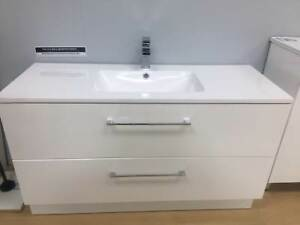 VANITY SHERRIDAN POLY/MARBLE WALL HUNG 1200MM Hectorville Campbelltown Area Preview