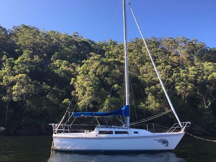 Catalina 27 Sailing Yacht