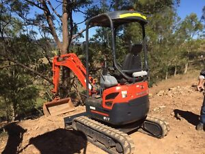 Mini Excavator Hire $175 per day.                 Nbn inducted Nerang Gold Coast West Preview