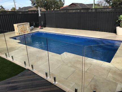 Glass pool fencing and balustrade